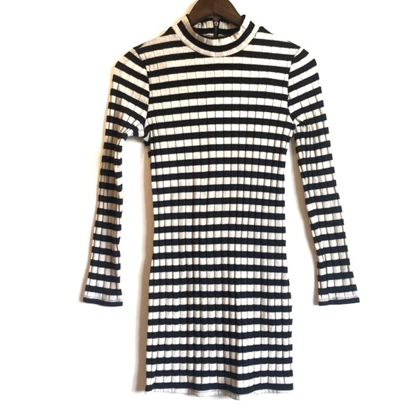 FOREVER 21 Fall Long Sleeve Ribbed Striped Dress